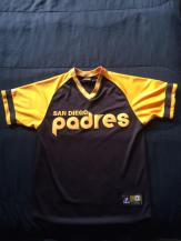 While searching around for Padres related hashtags on Instagram, I found a vintage sports clothing store that had this 1978 Padres jersey by Majestic for only $35. I couldn't turn it down.