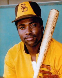 tony-gwynn-brown-yellow